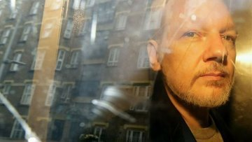 Julian Assange'a 17 yeni suçlama yöneltildi