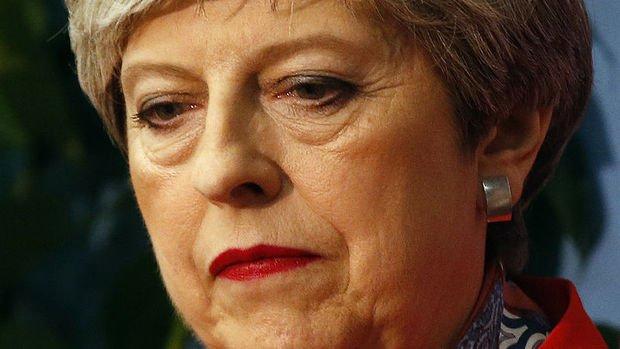 Theresa May Brexit'e kurban giden ikinci İngiliz başbakan oldu