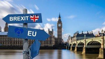 Moody's: May'in istifası anlaşmasız Brexit riskini artırdı