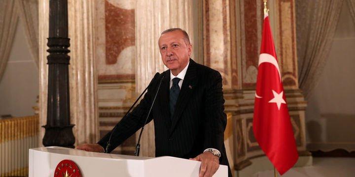 Erdoğan: Siyasi taraf olan sporcu ve sanatçılarımızın durumu bizi üzüyor