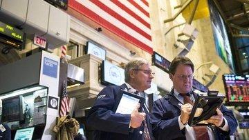 Küresel Piyasalar: Dolar yükseldi, hisseler güç kazandı