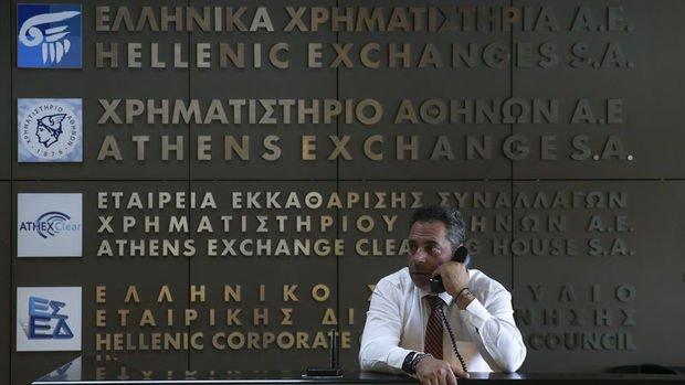 Erken seçim Atina Borsası'na % 6'nın üzerinde değer kazandı