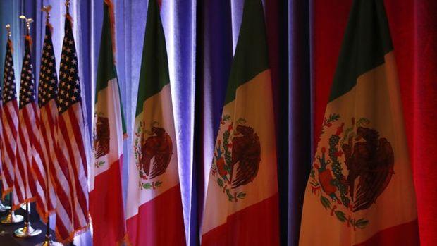 """Ekonomistlerden Trump'a """"Meksika vergisi"""" uyarısı"""