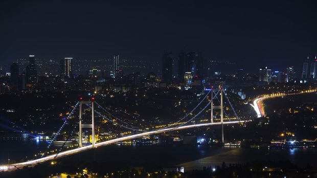 Türkiye ilk çeyrekte % 1.3 büyüyerek teknik resesyondan çıktı