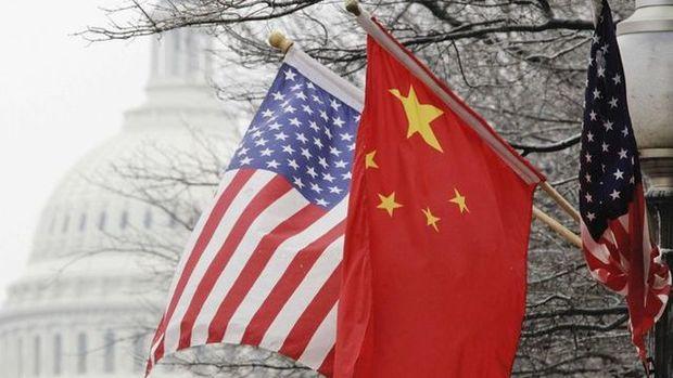 ABD Çin mallarından yüzde 25 vergi almaya başladı