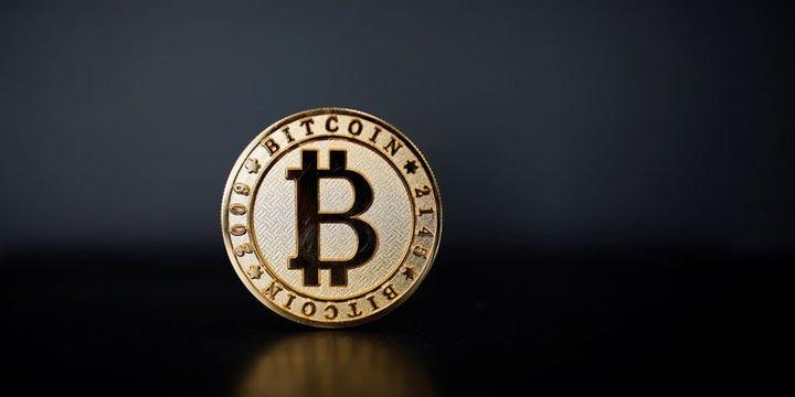 """""""Facebook etkisiyle Bitcoin bu ay 10 bin doları görebilir"""""""
