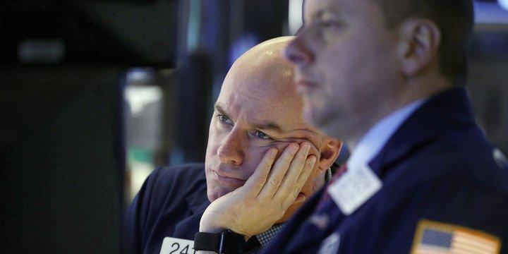 """Küresel Piyasalar: Dolar """"enflasyon"""" sonrası düştü, hisseler değer kaybetti"""