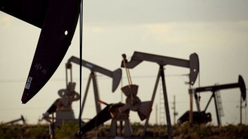 ABD'nin ham petrol stoklarında sürpriz artış