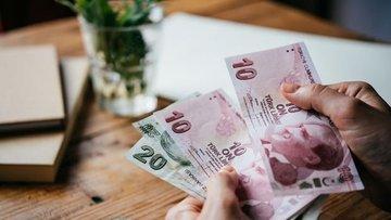 Güne yatay seyirle başlayan dolar düşüşe geçti