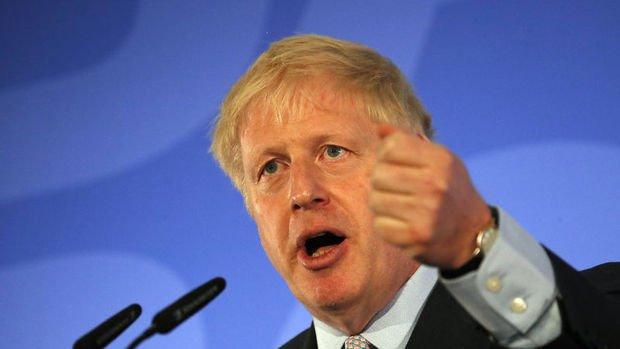 İngiltere'de Muhafazakar Parti liderliği için ikinci turun galibi de Johnson