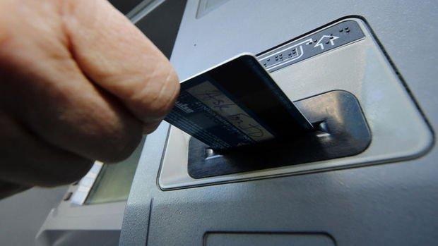 Üç özel banka tek ATM'de birleşti