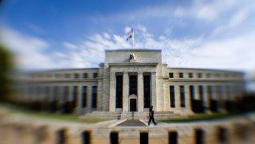 Fed büyüme endişesi ile uzun vadeli faiz görünümünü düşürdü