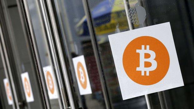 Bitcoin 10 dakikada 1,800 dolar düştü