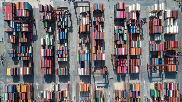 Dış ticaret açığı Mayıs'ta %76,5 azaldı