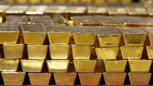 Ons altın ilk yarıda yüzde 10 değer kazandı