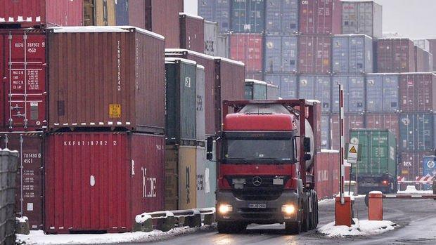 GTS'ye göre dış ticaret açığı Haziran'da 3.49 milyar dolar oldu