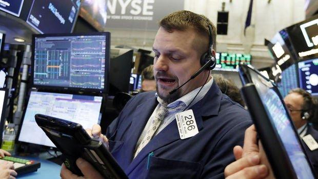 Küresel Piyasalar: Hisseler düştü, ABD tahvil faizleri 3 yılın düşüğüne geriledi