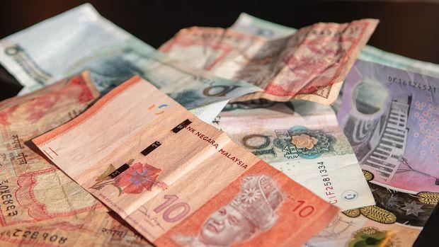 Asya para birimleri büyüme endişeleriyle karışık seyretti