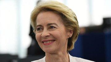 AB Komisyonu'nun yeni başkanı Ursula von der Leyen oldu