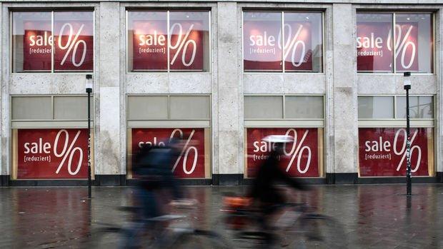 Euro Bölgesi enflasyonu % 1.3'e revize edildi