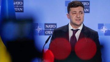 Ukrayna'daki erken genel seçimde Zelenskiy'in partisi bir...
