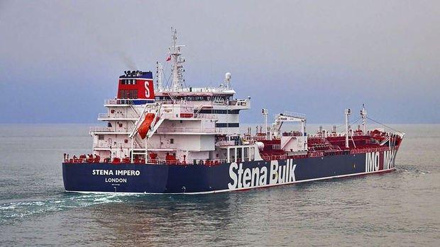 İran Hürmüz Boğazı'nda İngiltere'ye ait petrol tankerini alıkoydu