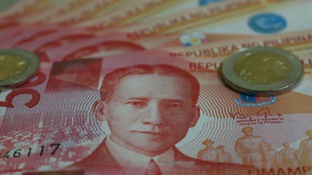 Asya para birimleri düştü