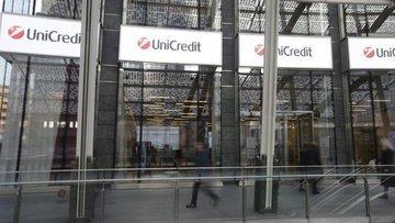 """""""UniCredit 10 bin kişiyi işten çıkarmayı değerlendiriyor"""""""