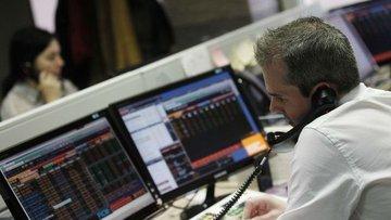Küresel Piyasalar: Hisseler düşük hacimli işlemlerle yüks...