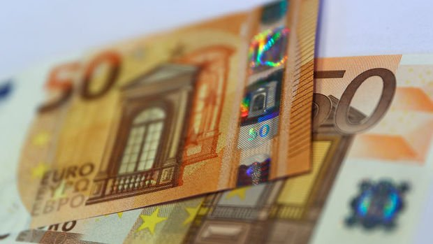 AMB Raporu: Bankalar kredi standartlarını sıkılaştırdı