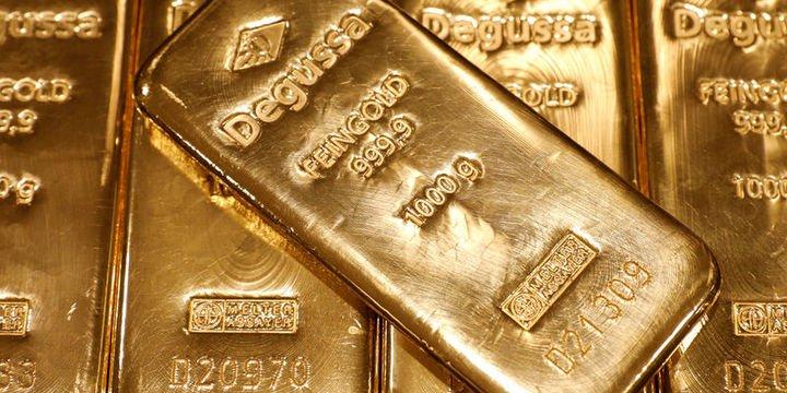 Altın hayalkırıklığı yaratan Fed toplantısı sonrası düştü