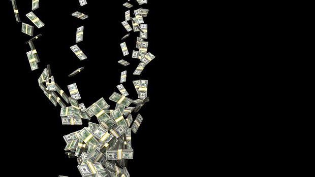 Dolar, TL karşısında üçüncü ayda da düştü