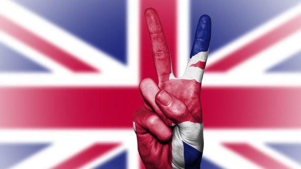İngiltere hizmet PMI Temmuz'da beklentilerin üzerinde gerçekleşti