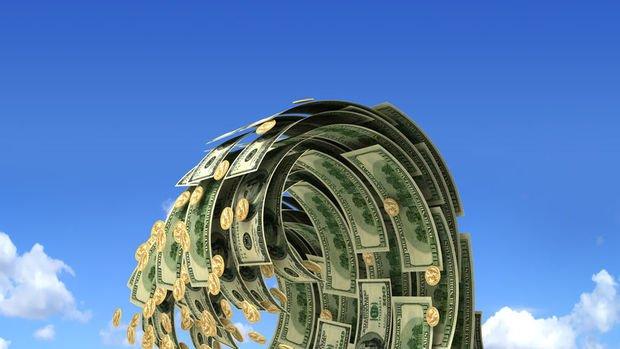 Haftaya yükselişle başlayan dolar/TL düşüşe geçti
