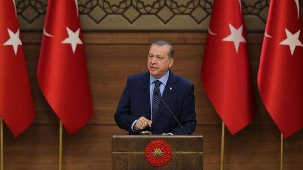 Erdoğan: Kamu çalışanlarının maaş ödemeleri bayram öncesinde yapılacak