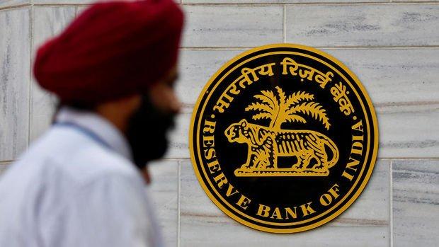 Hindistan MB 35 bp faiz indirdi