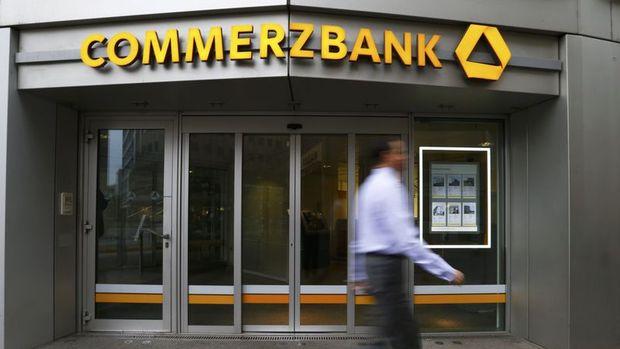 Commerzbank'ın 2. çeyrek geliri beklentiyi karşıladı