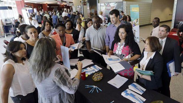 ABD'de işsizlik maaşı başvuruları 3 haftada 2. kez geriledi