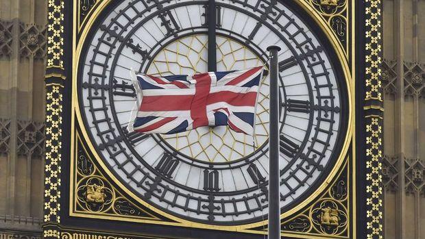 İngiltere ekonomisi 7 yıldır ilk kez çeyreklik bazda küçüldü