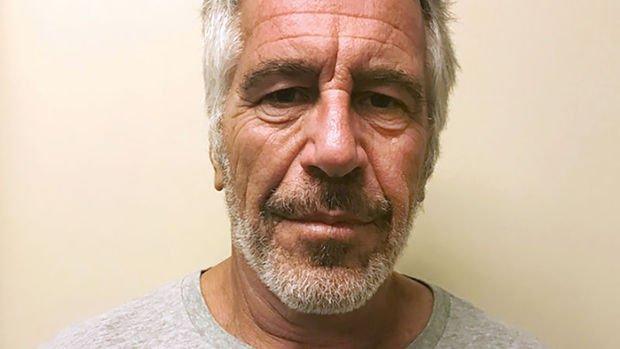 ABD'li milyarder Epstein hapishanede ölü bulundu