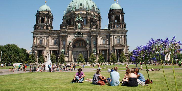 Almanya'da genç işsizlik 29 yılın en düşük seviyesinde