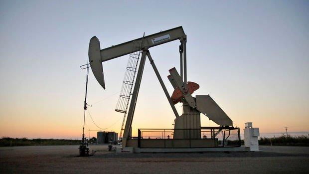 Petrol Temmuz'dan beri en güçlü haftalık kazancına hazırlanıyor