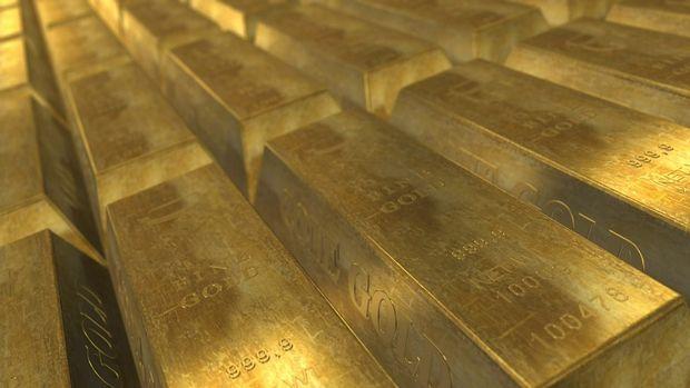 Altın bir ayın en düşük seviyesine indi