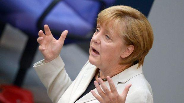 Merkel'den IMF'ye cevap: Para eksikliği Almanya'nın sorunu değil