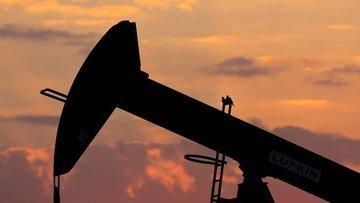 Petrol S. Arabistan'ın üretimi düzeltme işaretleri ile is...
