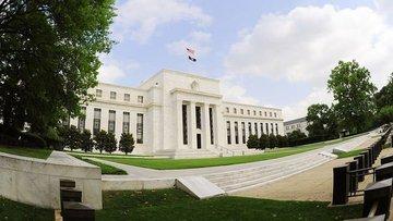 Efektif fed fon faizi Fed'in gösterge faizini aştı