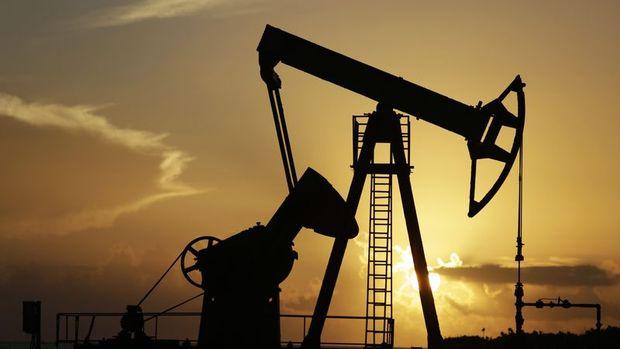 """Petrol """"Suudi üretiminin hızlı toparlandığı"""" haberiyle kaybını artırdı"""