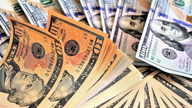 Dolar/TL 5.70 civarında dalgalanıyor