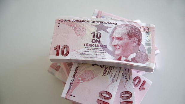 Dolar/TL güne 5.70 sınırında başladı