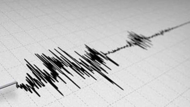 İstanbul 5,8 büyüklüğünde deprem ile sarsıldı